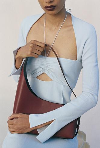 Фото №23 - Самые модные сумки осени и зимы 2021/22