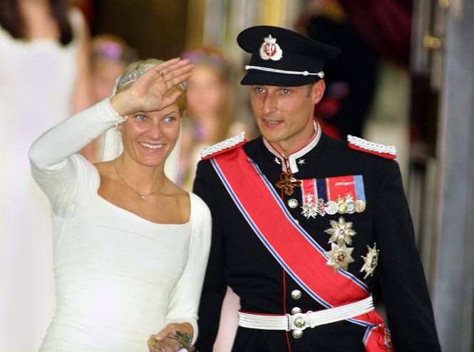 Фото №27 - Самые забавные моменты на королевских свадьбах (истории в фотографиях)