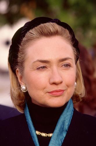 Фото №19 - Брючные костюмы и яркие цвета: модные победы Хиллари Клинтон