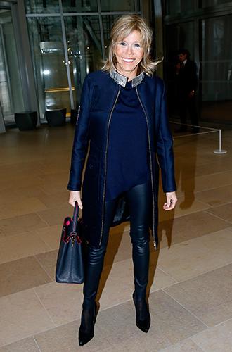 Фото №14 - Как Брижит Макрон сняла табу на мини-юбки и стала новой иконой стиля Франции