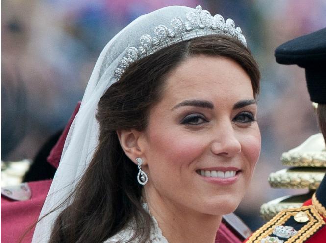 Фото №6 - Самые красивые королевские тиары современности