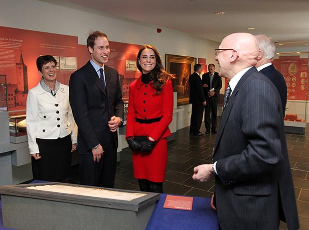Фото №24 - Где учились принц Уильям, Кейт Миддлтон и Амелия Виндзор: лучшие британские университеты (часть 2)