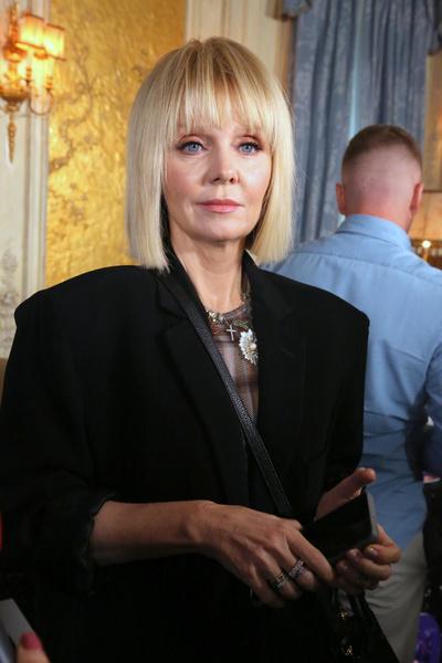 Фото №1 - «Почему 50 лет молчала?»: Валерия осудила Проклову за скандальное интервью