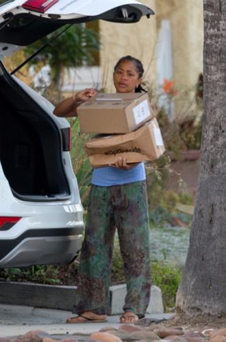 Фото №3 - Мама Меган Маркл тайно покидает Лос-Анджелес
