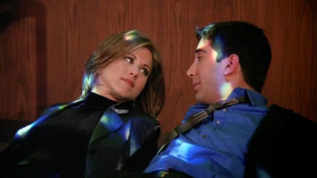 Фото №1 - Топ-10 самых романтичных свиданий из сериалов