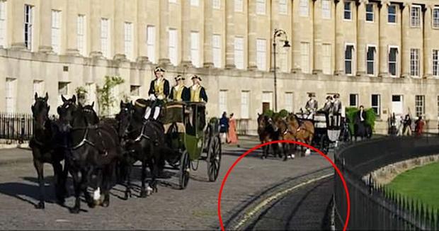 Фото №1 - Упс: фанаты обнаружили нелепые исторические ляпы в «Бриджертонах»