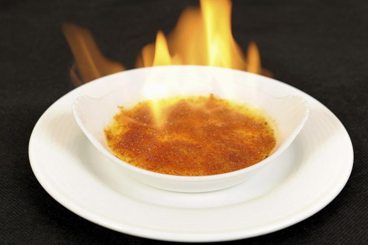 Фото №1 - Три рецепта крема каталана