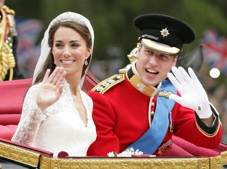Фото №2 - Протест или протокол: почему Кейт не надела тиару Дианы на свою свадьбу