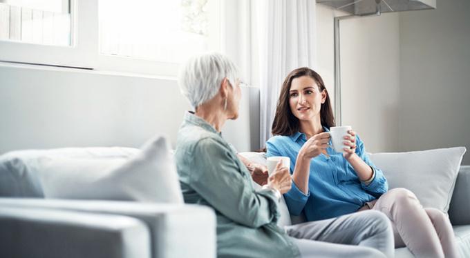 7 вопросов о здоровье, которые стоит задать матери