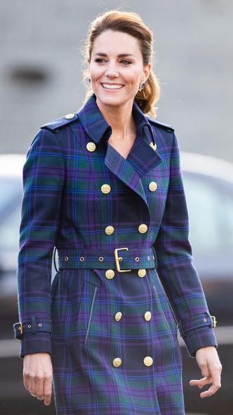 Фото №6 - Всегда безупречна: 10 лучших причесок герцогини Кейт на любой случай