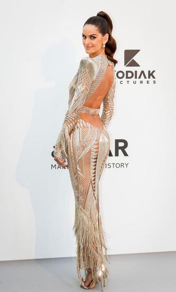 Фото №1 - 15 секси-нарядов самой красивой модели мира