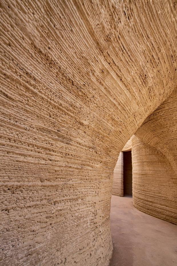 Фото №4 - Tecla: дом из глины, напечатанный на 3D принтере