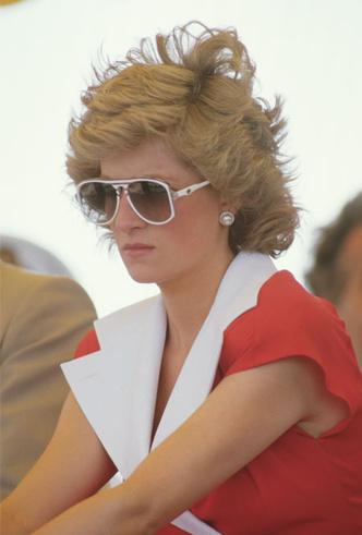 Фото №8 - Любимые солнцезащитные очки принцессы Дианы