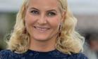 Кронпринцесса Норвегии одевается как сельская учительница