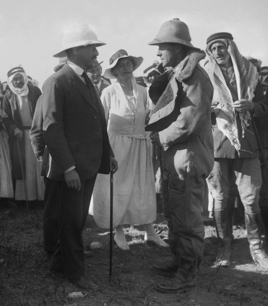 Фото №3 - Индиана Джонс в юбке: история Гертруды Белл, чье разбитое сердце сделало ее «королевой пустыни»