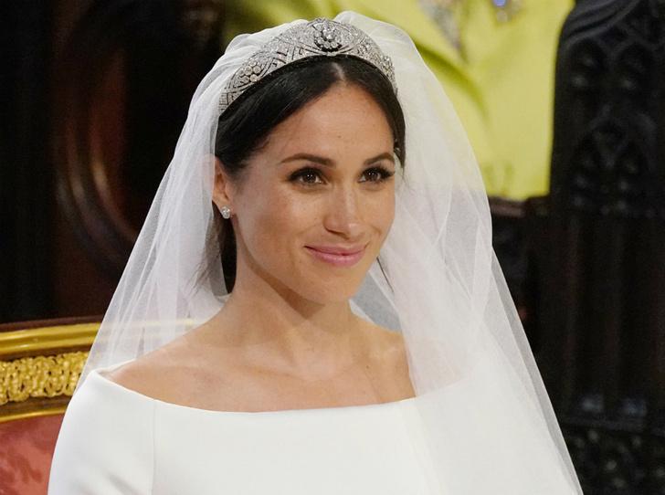 Фото №1 - План Меган: зачем герцогиня пригласила на свою свадьбу голливудских звезд (на самом деле)