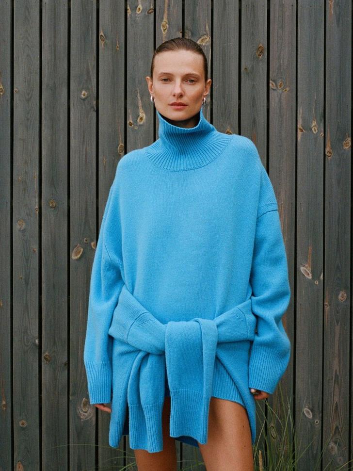 Фото №3 - 12 ярких свитеров, которые сделают вашу осень уютной