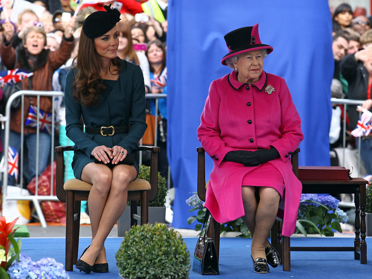 Фото №5 - 8 правил этикета, которые должен соблюдать каждый член королевской семьи