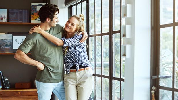 7 признаков того, что муж все еще безумно влюблен в вас
