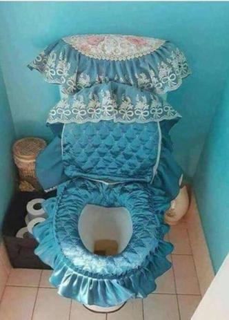 Фото №4 - Ремонт в туалете: 15 примеров, как не надо делать