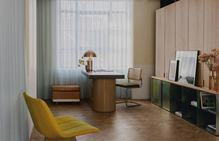 Фото №4 - Яркий офис в стиле mid-century в Лондоне
