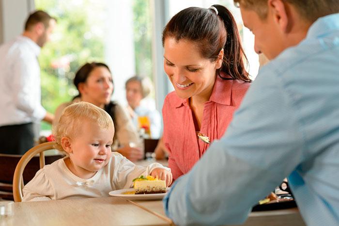 Фото №2 - В ресторан всей семьей