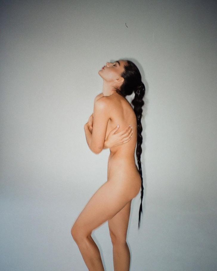 Фото №10 - «Женское обнаженное тело— это искренность». Как раскрыть в себе красоту и не стесняться быть собой?
