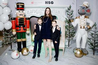 Детская новогодняя елка HEARST SHKULEV GROUP