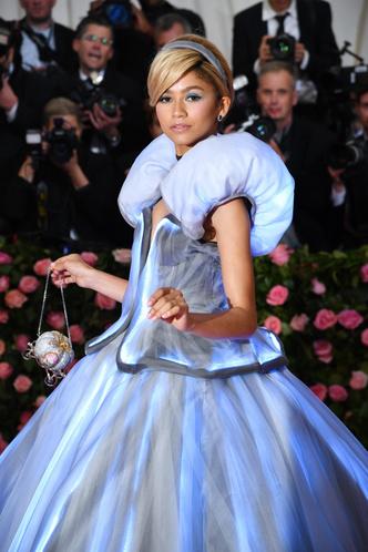 Фото №25 - Королева красных дорожек: 15 потрясающих образов Зендеи, которые вошли в историю моды