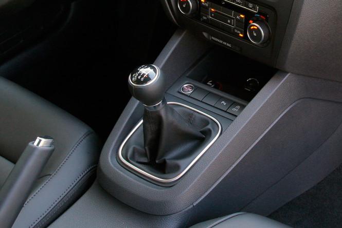 Фото №9 - Не игнорируй это: 9 вредных водительских привычек, которые обходятся в круглую сумму