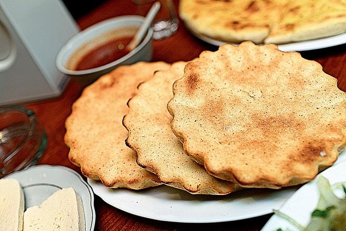 Фото №6 - Трава у дома: топ-9 национальной грузинской кухни