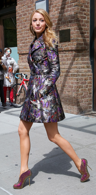 Фото №15 - Обувные бренды звезд, часть 1: Christian Louboutin, Jimmy Choo, Charlotte Olympia