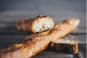 Фото №1 - Где купить свежий и вкусный хлеб в Москве? Отправляйтесь в новое кафе Valiko на Патриарших