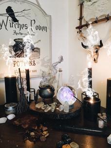 Фото №9 - Тест: Выбери ведьминскую атрибутику, и мы скажем, сколько в тебе процентов волшебства