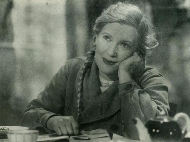Фото №2 - Богини советского черно-белого кинематографа
