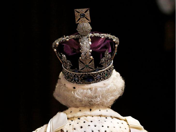 Фото №8 - Неизбежные последствия: чем интервью Гарри и Меган грозит британской монархии
