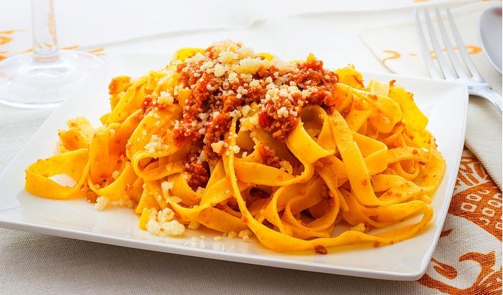Фото №1 - Рагу болоньезе. Мастер-класс итальянского шеф-повара