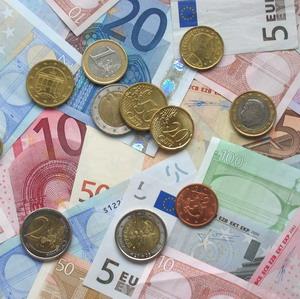 Фото №1 - Европа изменила правила ввоза валюты