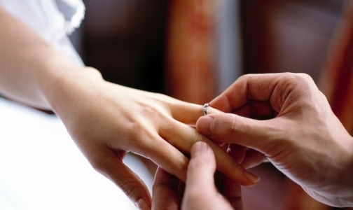 Фото №1 - Мужчине надо получать разрешение на женитьбу у психолога