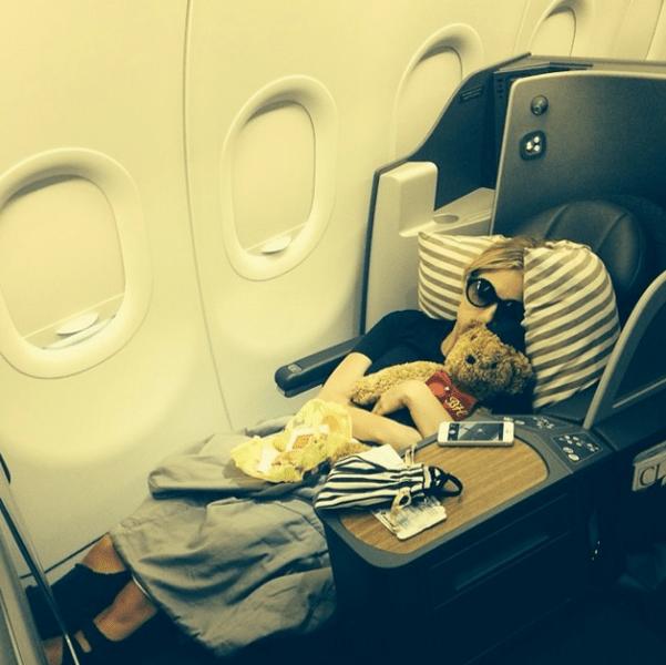 Фото №11 - Звездный Instagram: Знаменитости и самолеты