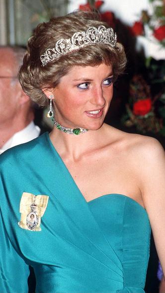 Фото №6 - Модный скандал: культовый образ Дианы, который вызвал негодование у Королевы