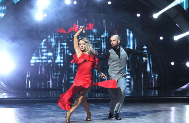 Фото №6 - Травмы и драмы: Дава выступает через боль, Лазарев выбивается в топ во втором выпуске «Танцев со звездами»