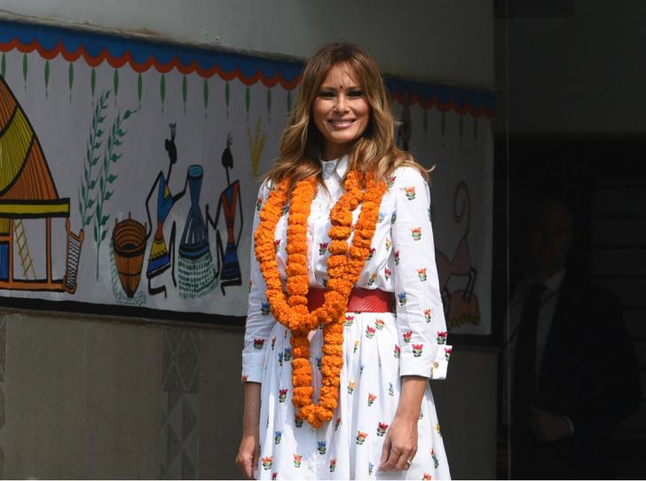 Фото №1 - Новый курс: что Мелания Трамп хотела сказать своим гардеробом в Индии