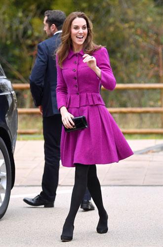 Фото №15 - Все оттенки сирени: как королевские особы носят фиолетовый цвет