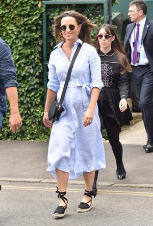 Фото №8 - Королевский выбор: где искать эспадрильи, как у Меган, Кейт и Леди Амелии Виндзор