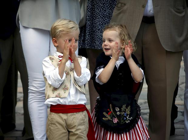 Фото №48 - Принц Жак и принцесса Габриэлла: четвертый год в фотографиях