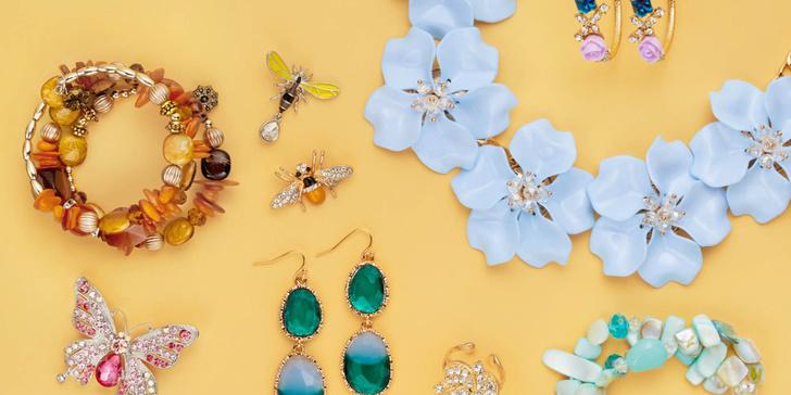 Фото №1 - Серьги, кольца и ожерелья: собери свой весенний образ вместе с Lady Collection