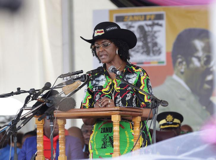 Фото №1 - Из первой леди в изгои: как Грейс Мугабе стала врагом своего народа