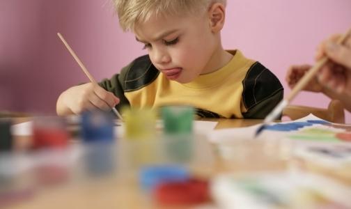 Фото №1 - Дети врачей могут получить право первоочередного приема в детсады