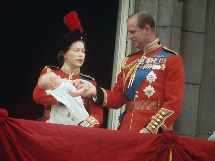 Фото №5 - Непокорный: какой семейной традиции отказался следовать принц Эдвард